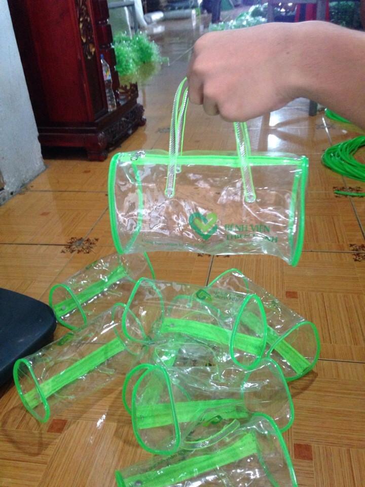 Túi xách nhựa